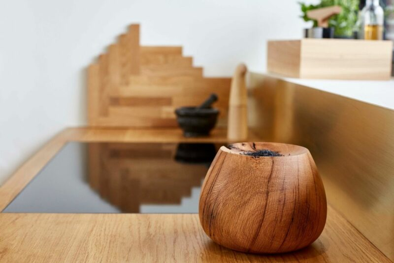 Ro Collection Oak piece wide