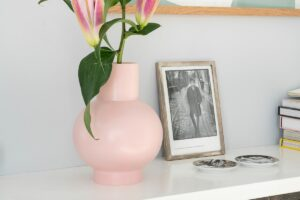raawii-vaas-roze.jpg